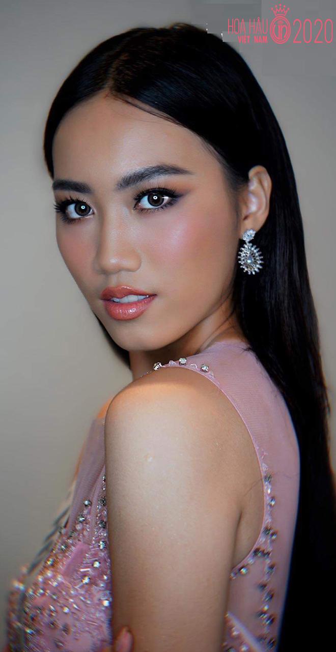 Hoa hậu Việt Nam xuất hiện loạt thí sinh gợi cảm, nhan sắc gây chú ý - Ảnh 4.