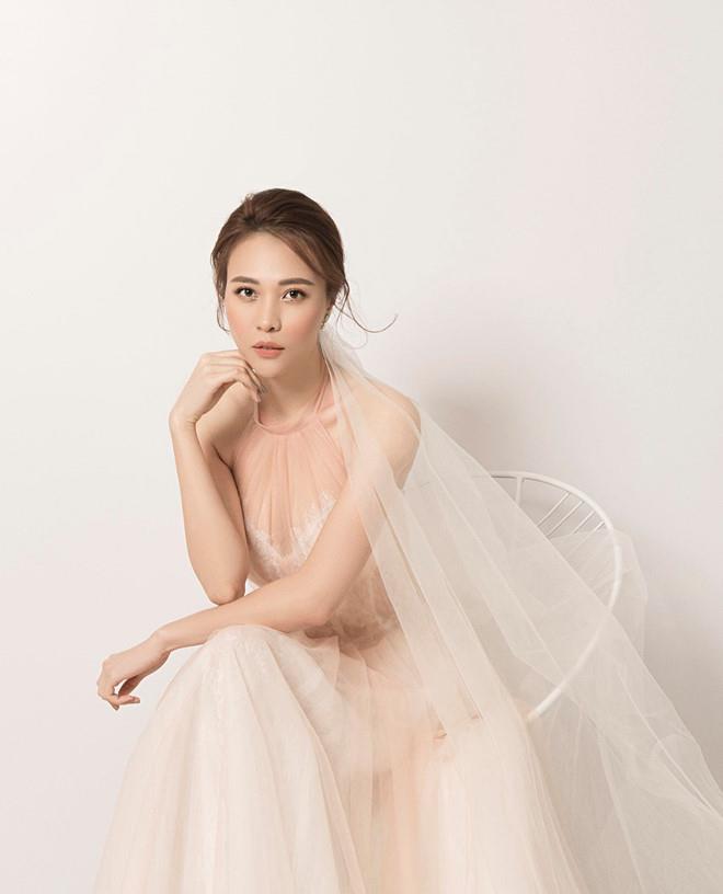 Đàm Thu Trang - chân dài showbiz khiến Cường Đô La mê đắm - Hình 4