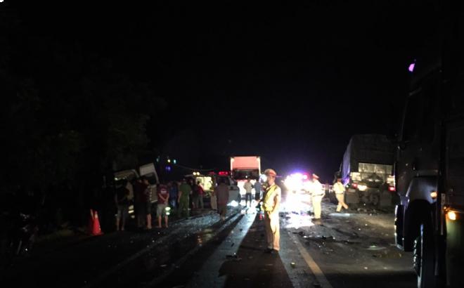 """Lời kể vụ tai nạn thảm khốc 8 người tử vong ở Bình Thuận: """"Nhiều nạn nhân nằm bất động, cảnh tượng rất đau lòng"""" - Ảnh 1."""