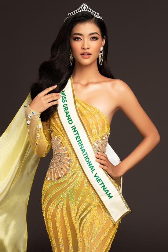Lương Thuỳ Linh cùng 2 Á hậu kỷ niệm 1 năm đăng quang Miss World Việt Nam: Top 3 nay đã thay đổi ra sao? - Ảnh 8.