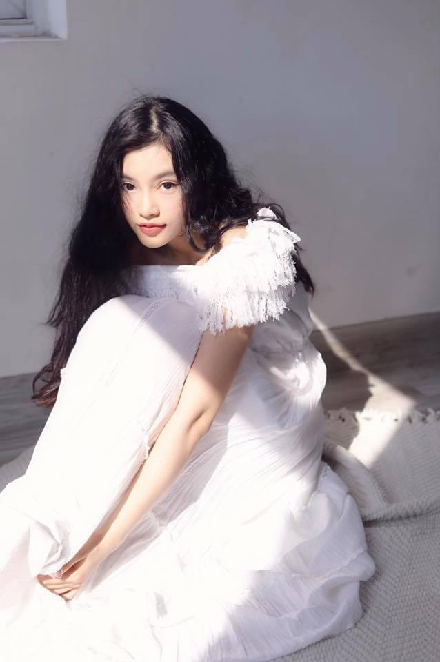 Tình tin đồn của ST Sơn Thạch tham gia Hoa hậu Việt Nam: Quán quân Ngôi Sao Thời Trang, còn làm nữ chính MV của 365 - Ảnh 4.