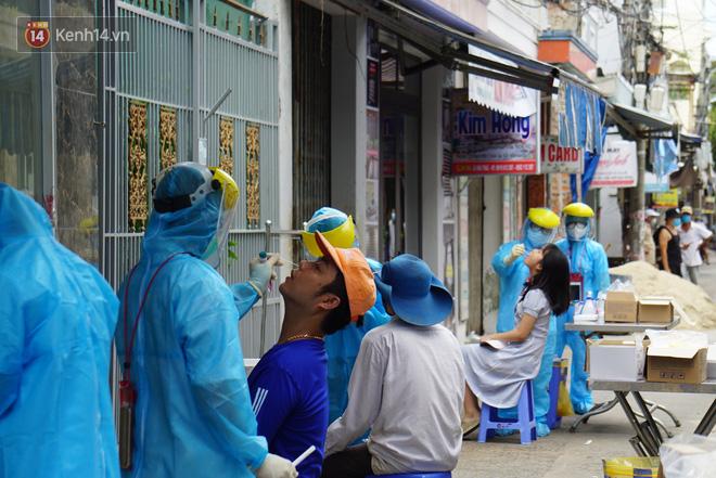 Lịch trình 3 ca mắc Covid-19 mới nhất ở Quảng Nam: Có ca xét nghiệm âm rồi dương tính, người bán mỳ Quảng, người dự đám tang - Ảnh 2.