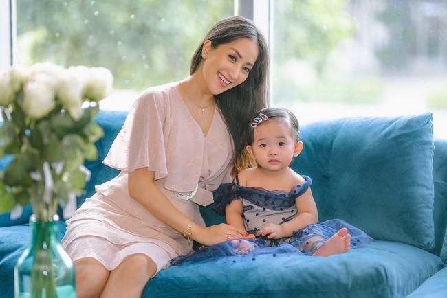 Khánh Thi – Phan Hiển