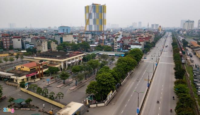 Các bến xe ở Thủ đô vắng lặng chưa từng thấy sau 10 ngày cách ly toàn xã hội - 10