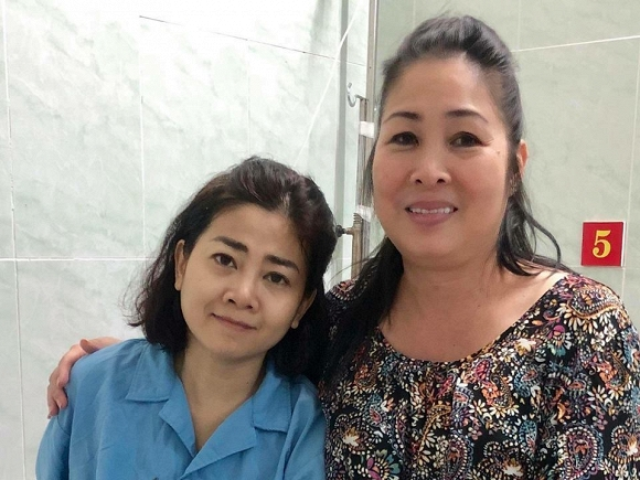 Mai Phương, Hồng Vân, sao Việt, ung thư