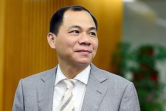 Tin mới bất ngờ về tỷ phú Phạm Nhật Vượng: Trả lương thầy Park, mở trường đại học - 1