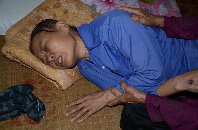 Cụ bà tuổi 90 thèm một bữa cơm có thịt trước khi nhắm mắt, nghe mà nhói lòng! - 2