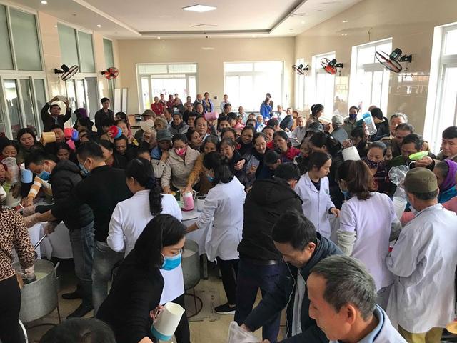 Bệnh viện đa khoa tỉnh Hà Tĩnh: Bát cháo tình thương ấm lòng người bệnh - Ảnh 6.