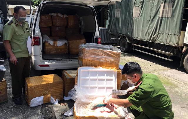 Hà Nội: Gần 1 tấn nầm lợn bẩn suýt lên bàn nhậu - 1