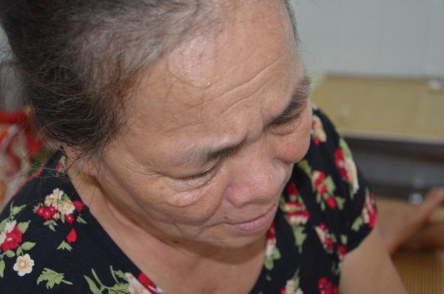 Xót thương cảnh bà ngoại ngậm ngùi xin đưa cháu rời viện vì không có tiền - 4