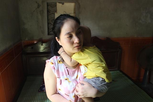 Cầu mong phép mầu đến với bé trai 1 tuổi bị ung thư kép hành hạ - 8