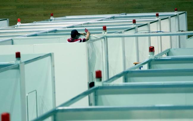 Cận cảnh bệnh viện dã chiến 700 giường tại Đà Nẵng hoàn thiện sau 72h  - Ảnh 7.