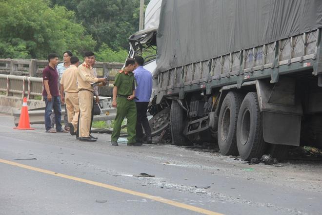 """Lời kể vụ tai nạn thảm khốc 8 người tử vong ở Bình Thuận: """"Nhiều nạn nhân nằm bất động, cảnh tượng rất đau lòng"""" - Ảnh 4."""