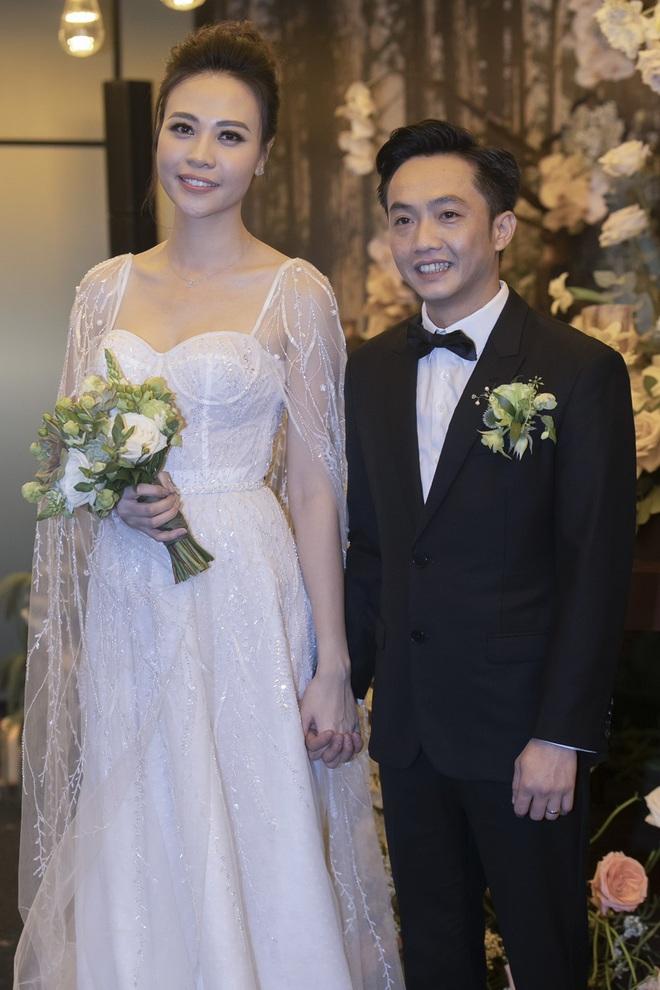 HOT: Đàm Thu Trang chính thức hạ sinh con gái đầu lòng cho Cường Đô La - Ảnh 6.