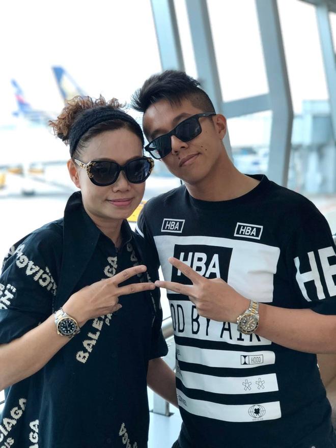 Mẹ của Matt Liu có bộ sưu tập túi hiệu chuẩn đại gia, xem chừng hợp cạ với con dâu tương lai Hương Giang quá đi thôi - Ảnh 1.
