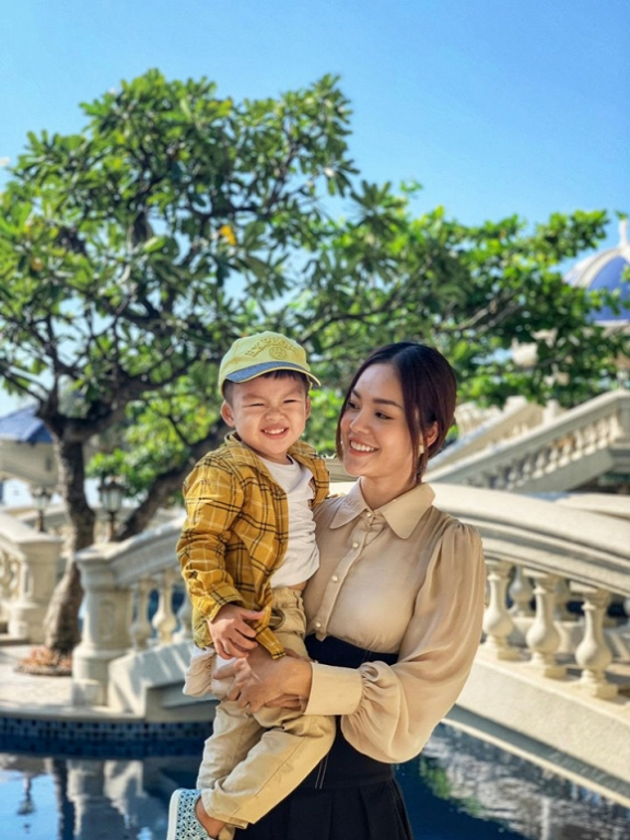 tin-sao-27-9-2019-35-ngoisao.vn-w720-h960