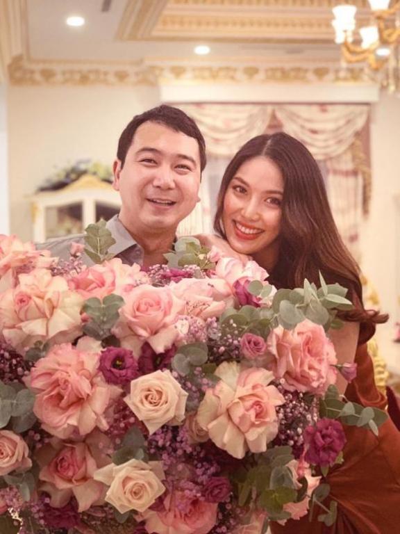 lan-khue-01-ngoisao.vn-w721-h960