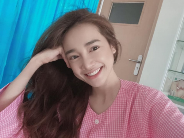 nha-phuong-selfie