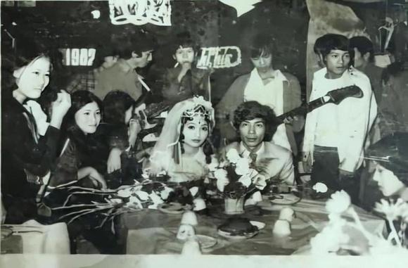 bang-kieu-dang-anh-dam-cuoi-tu-nam-9-tuoi-01-ngoisaovn-w960-h632