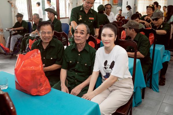 ly-nha-ky-kham-phuc-nhung-nguoi-hung-da-hy-sinh-bao-ve-to-quoc-c42-5114126