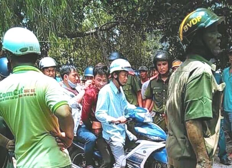 Nguyễn Văn Ê Em truy sát cha mẹ vợ rồi chui vào lu nước trốn - Ảnh 1.