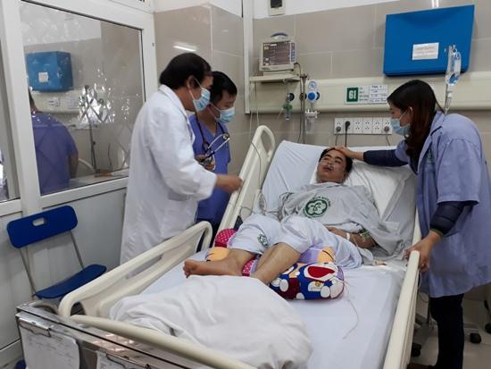 Ngừng tuần hoàn có thể xảy ra với bất kỳ ai: 3 phút VÀNG cứu nguy tính mạng người bệnh - Ảnh 1.