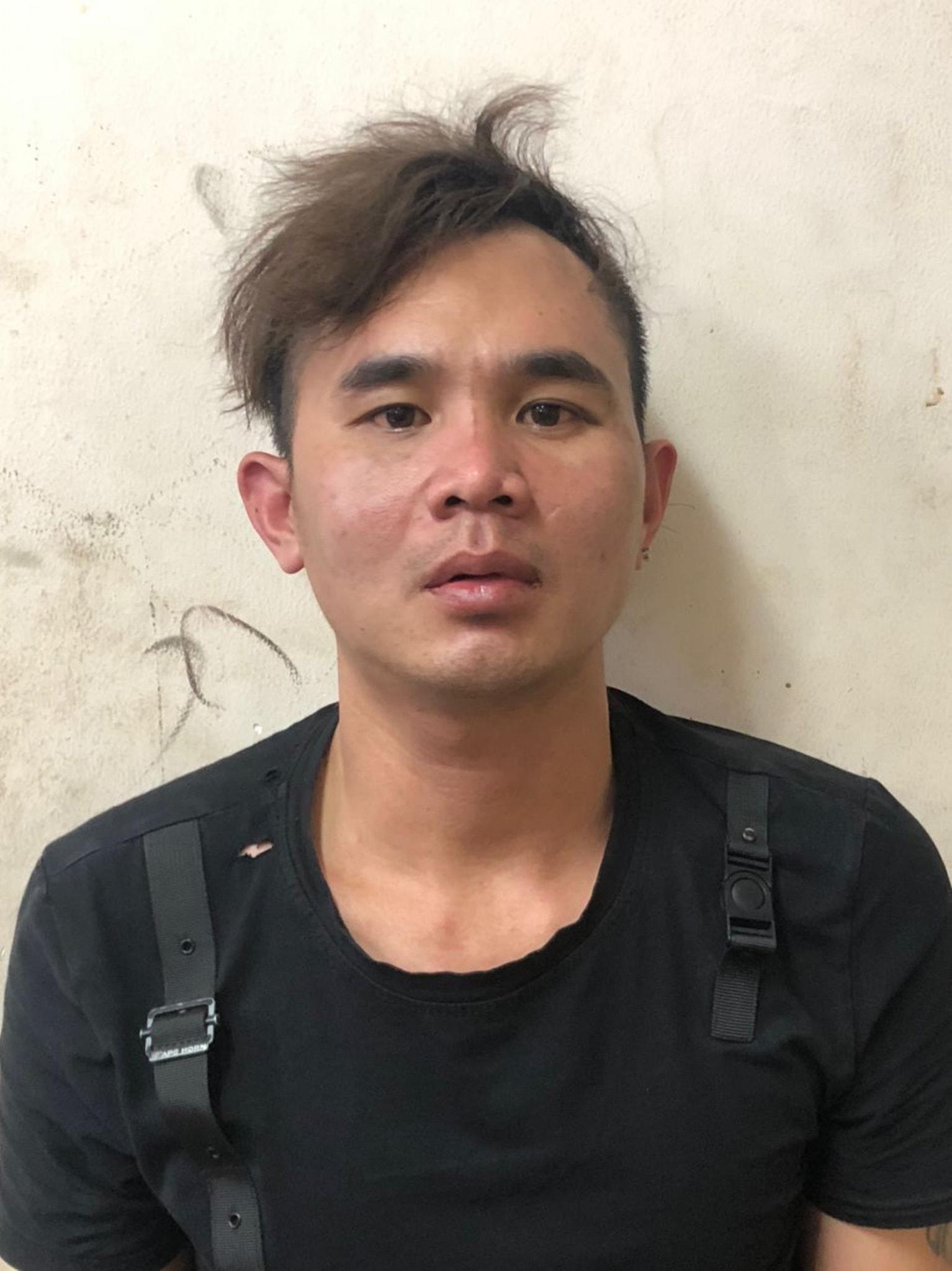 Giả làm xe ôm, thanh niên cướp tài sản đôi nam nữ người nước ngoài bị hình sự truy bắt như phim ở Sài Gòn - Ảnh 1.