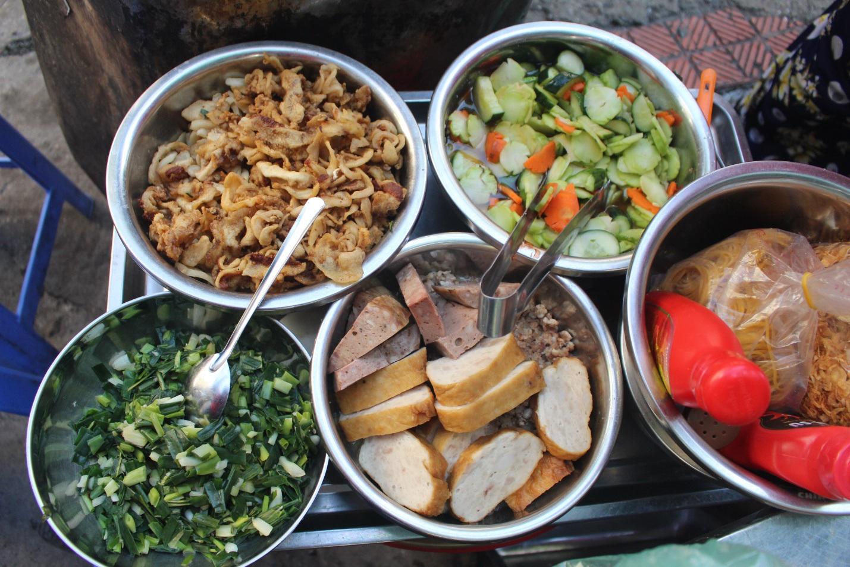 """Kỳ lạ món ăn độn nhà nghèo thời bao cấp, thành đặc sản """"xếp hàng"""" ở Hà Nội - Ảnh 5."""