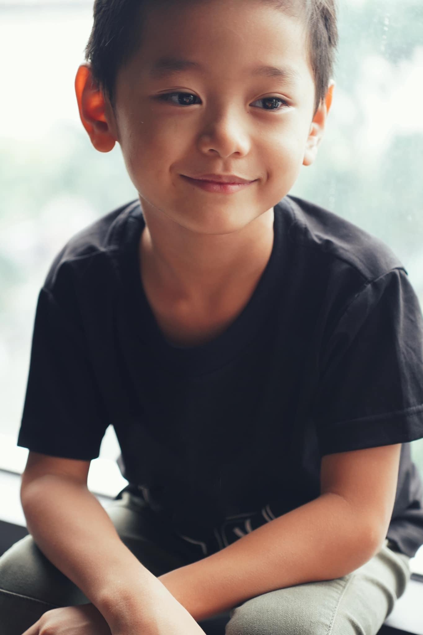 """Con trai Trà My Idol """"gây sốt"""" mạng xã hội vì vẻ ngoài nam thần dù mới 6 tuổi - Ảnh 5."""
