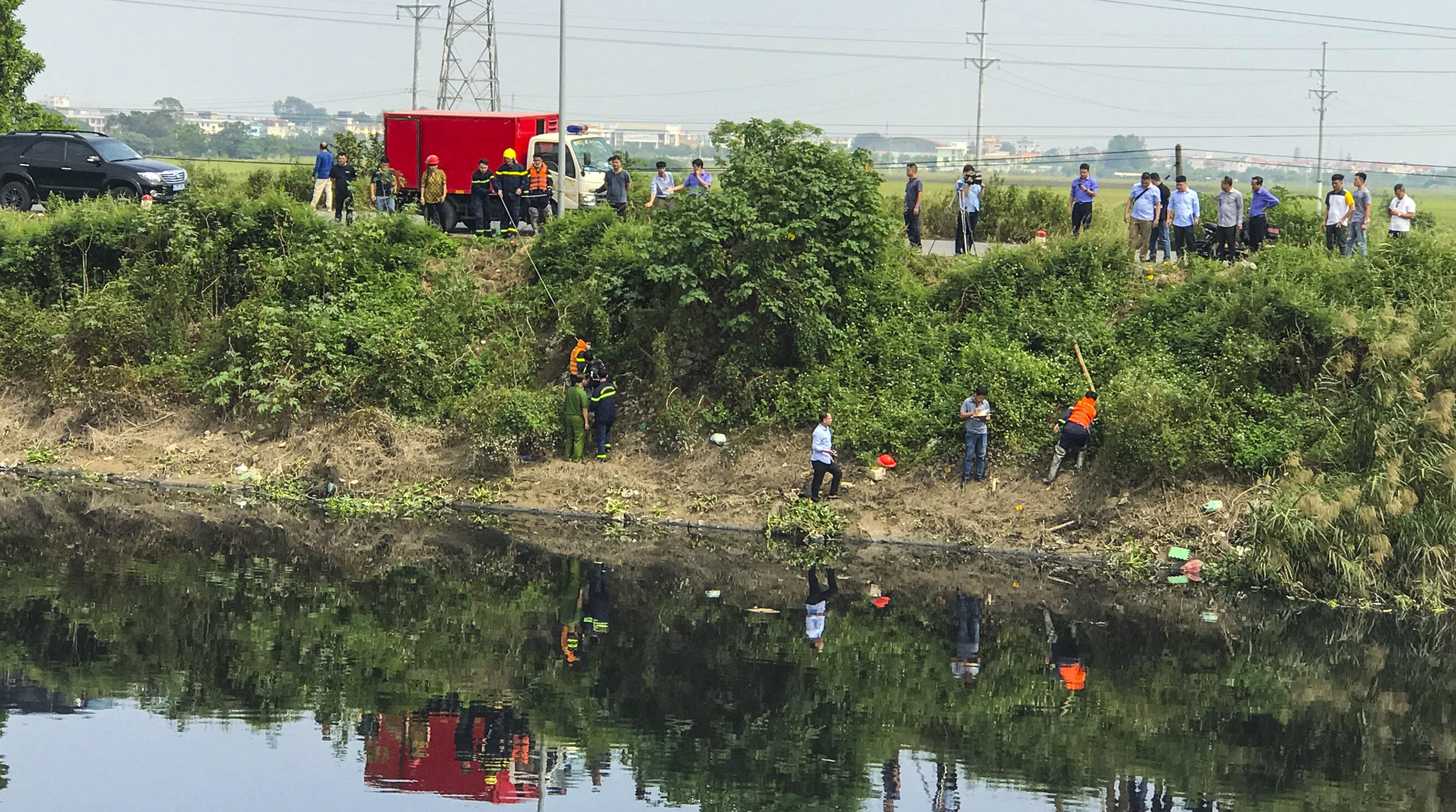Vụ nữ sinh Học viện Ngân hàng bị sát hại: Hung thủ đẩy xuống sông rồi lấy điện thoại, xe đạp điện - Ảnh 1.