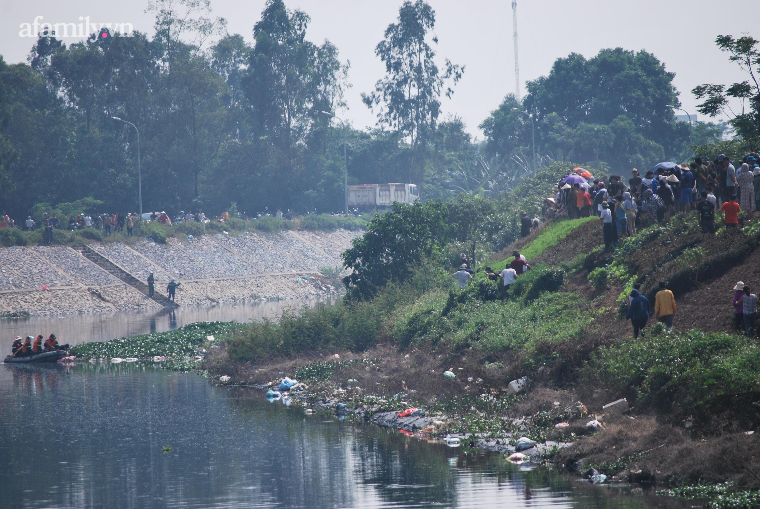 Vụ phát hiện thi thể nữ sinh ở Hà Nội:2 đối tượng đã thực hiện cướp điện thoại rồi đẩy nạn nhân xuống sông - Ảnh 5.