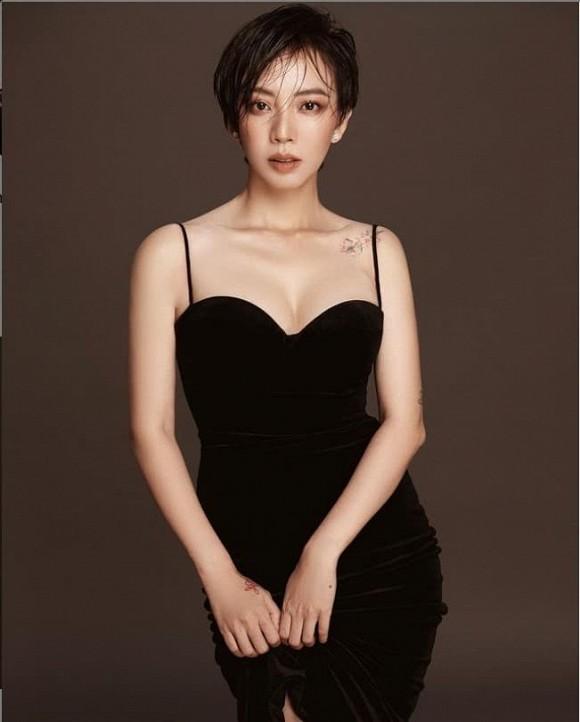 Thu Trang đăng ảnh trẻ trung, Lý Hải - Minh Hà kỷ niệm 10 năm ngày cưới - Ảnh 1.