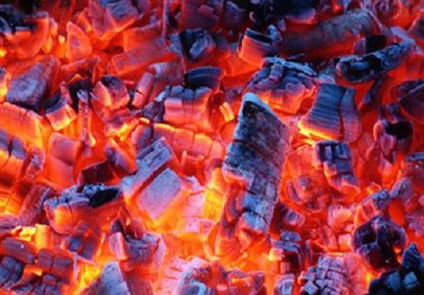 Liên tiếp các vụ ngộ độc khí CO khi sưởi ấm bằng than - Ảnh 3.