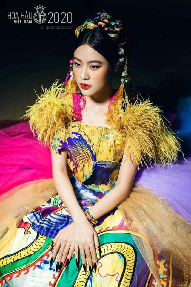 Hoàng Thùy Linh gây sốt với loạt ảnh hậu trường, Trương Ngọc Ánh  - Trần Bảo Sơn mở tiệc sinh nhật con gái - Ảnh 1.