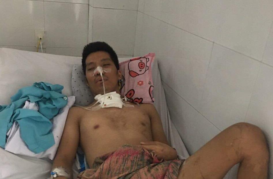 Không có tiền chạy chữa, người cha của 2 con nhỏ có nguy cơ nằm liệt và mù lòa vĩnh viễn - Ảnh 3.