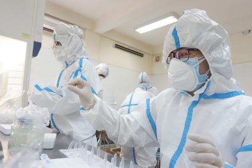 Thêm 10 ca nhập cảnh mắc COVID-19, Việt Nam có 1.331 bệnh nhân - Ảnh 1.
