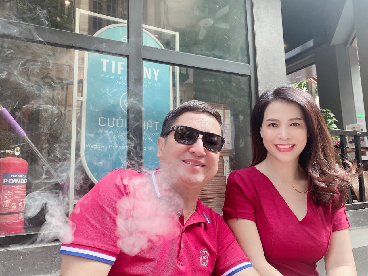 Những khoảnh khắc ngọt ngào của Danh hài Chí Trung và bạn gái kém 17 tuổi - Ảnh 2.