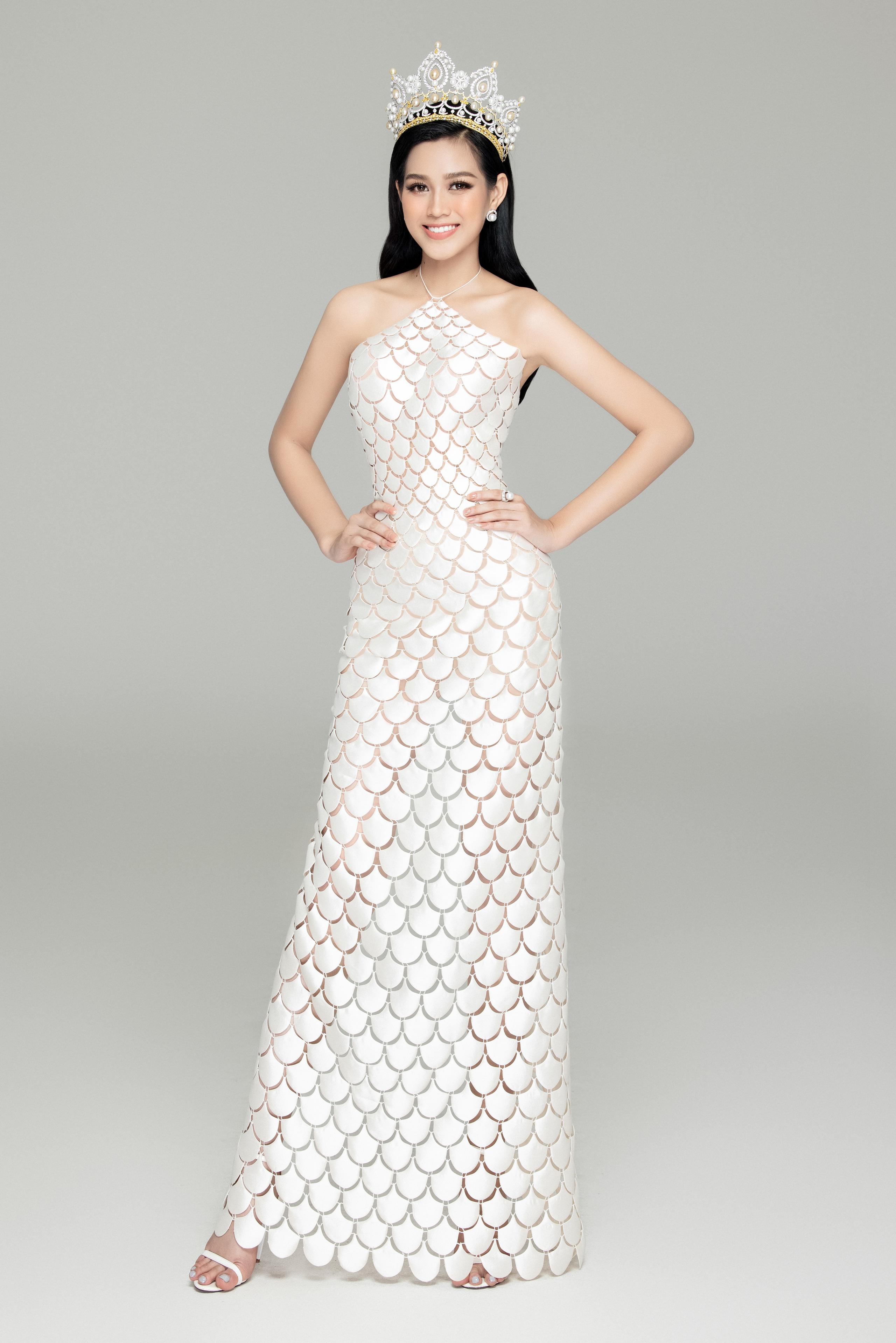 Soi nhan sắc Hoa hậu Đỗ Thị Hà và 2 Á hậu sau một tháng đăng quang - Ảnh 8.