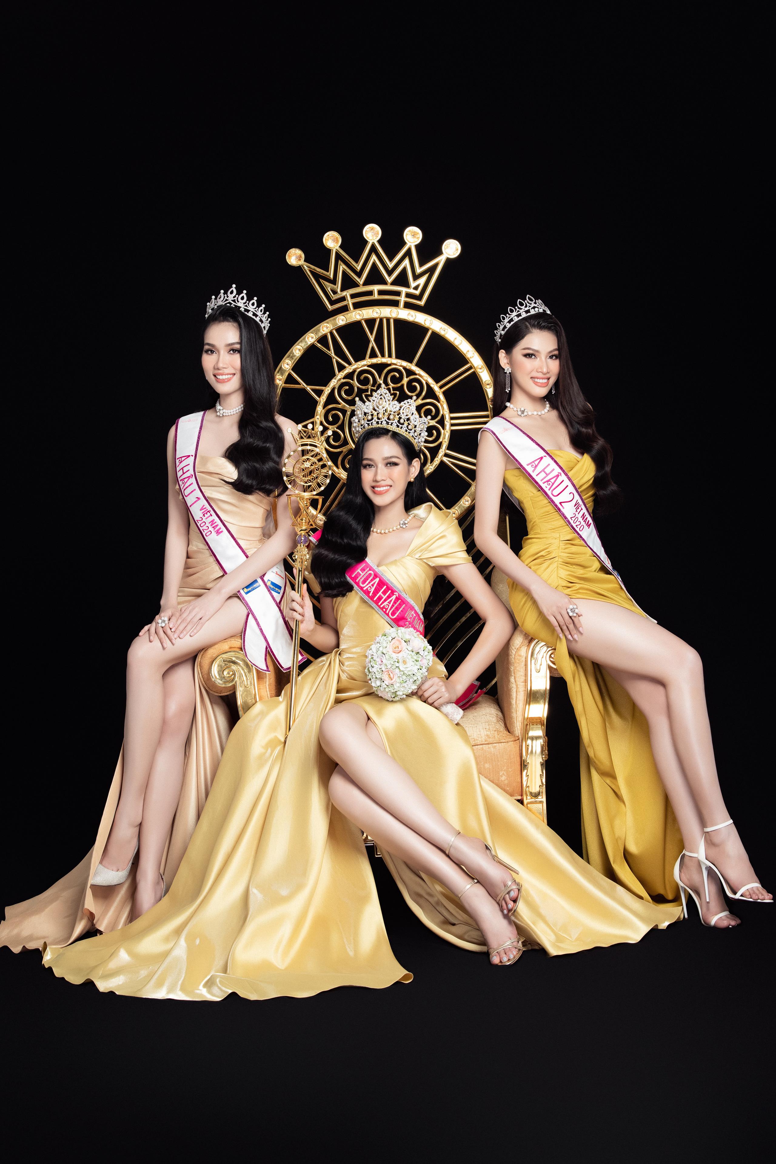 Soi nhan sắc Hoa hậu Đỗ Thị Hà và 2 Á hậu sau một tháng đăng quang - Ảnh 2.