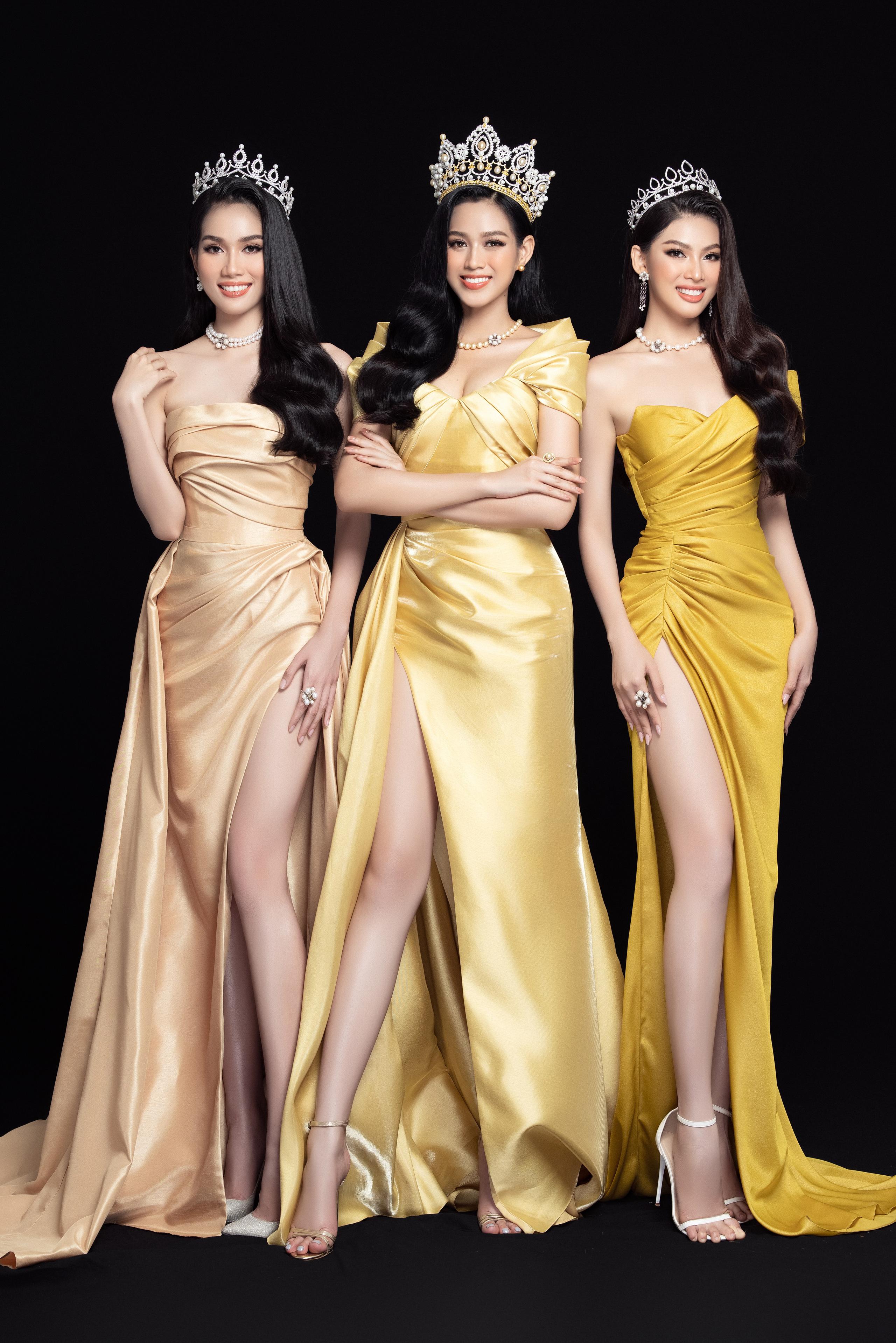 Soi nhan sắc Hoa hậu Đỗ Thị Hà và 2 Á hậu sau một tháng đăng quang - Ảnh 1.