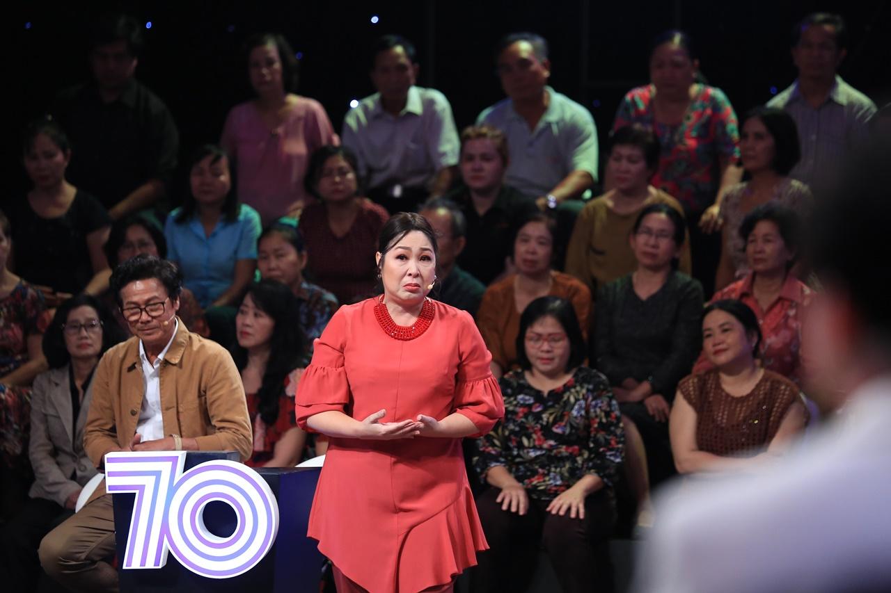 Ký ức vui vẻ: NSND Hồng Vân bật khóc trên truyền hình vì bị ức hiếp - Ảnh 3.