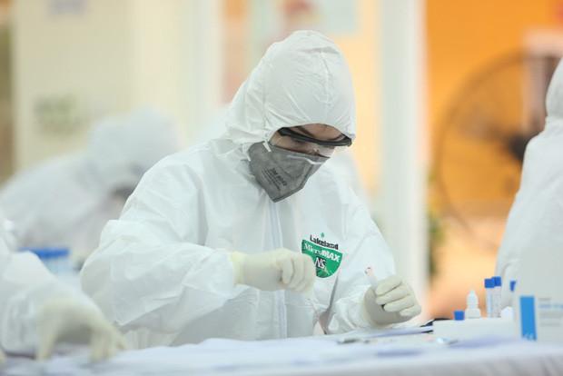 Việt Nam ghi nhận thêm 17 ca mắc COVID-19 mới, nâng tổng số lên 1094 ca - Ảnh 1.