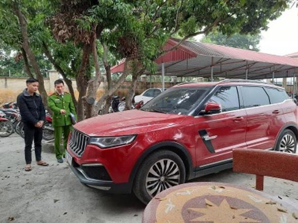 Hồ Văn Khoa - kẻ nổ súng vào ô tô của thánh chửi Dương Minh Tuyền đã ra đầu thú - Ảnh 2.