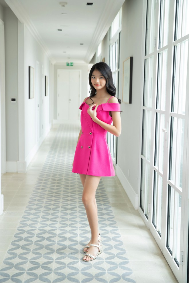 Nhan sắc con gái xinh đẹp, 13 tuổi đã được dự đoán là hoa hậu tương lai của Trương Ngọc Ánh - Trần Bảo Sơn - Ảnh 4.