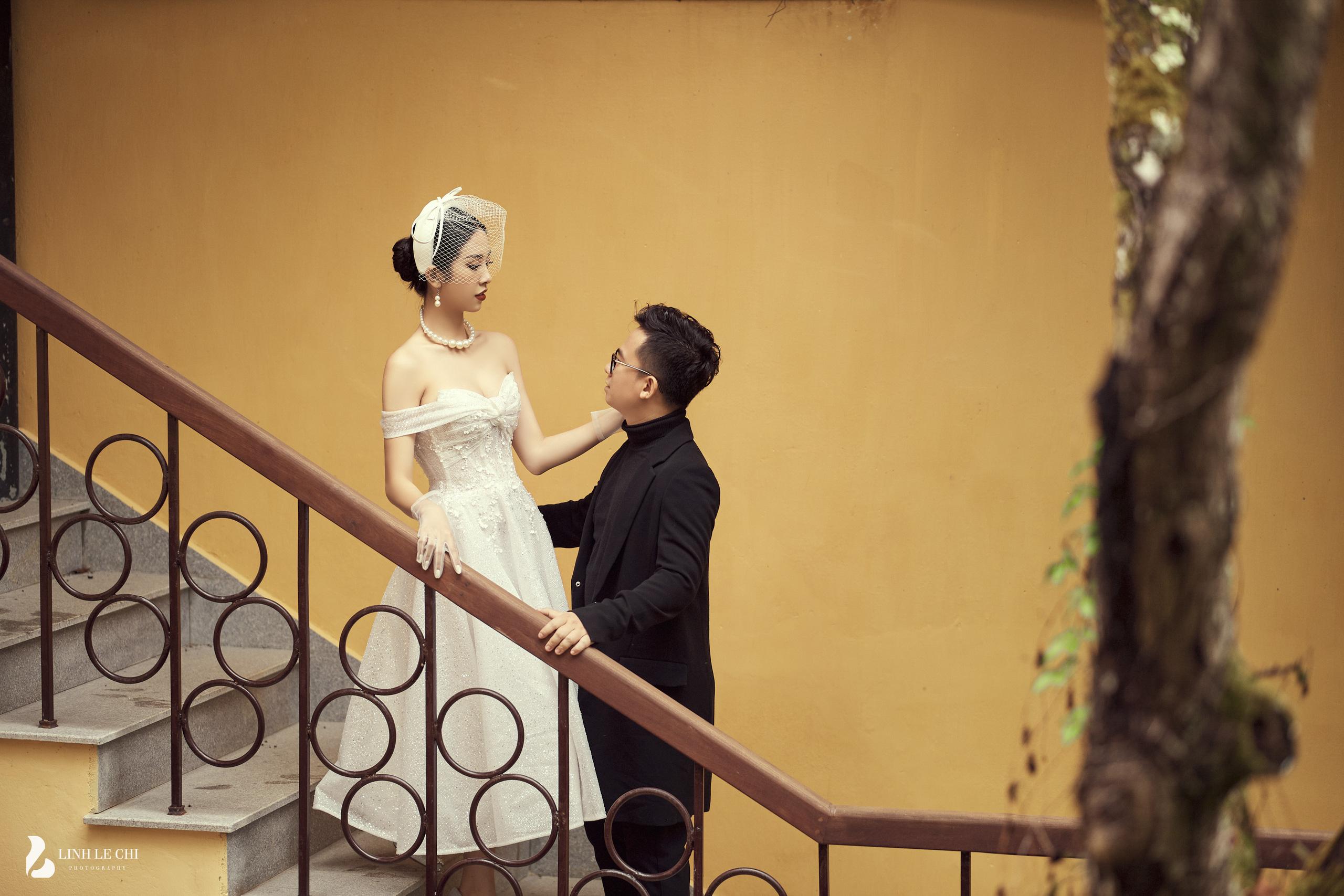 Ngắm bộ ảnh cưới của Á Hậu Thúy An và bạn trai hơn 10 tuổi: Cô dâu cực thần thái sang chảnh, chú rể điển trai phong độ - Ảnh 3.