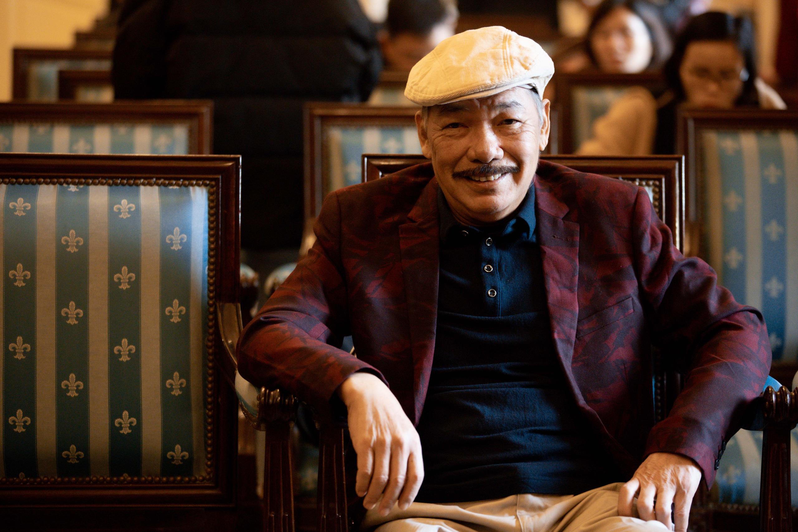 Nhạc sĩ Trần Tiến lần đầu xuất hiện sau tin đồn thất thiệt, nói rõ về tình trạng sức khỏe hiện tại - Ảnh 3.