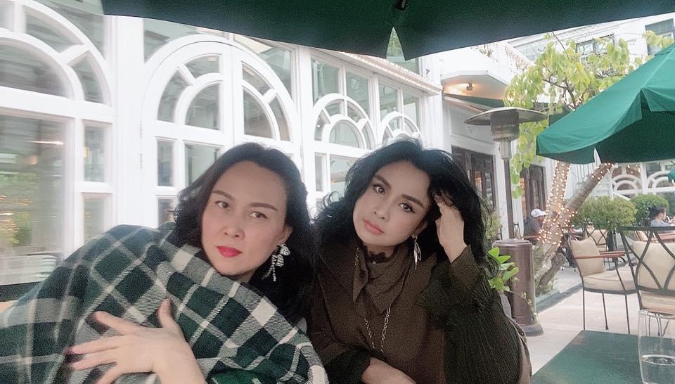 Đọ sắc bên diva Thanh Lam, Phượng Chanel gây bất ngờ vì thần thái không kém cạnh đàn chị - Ảnh 1.