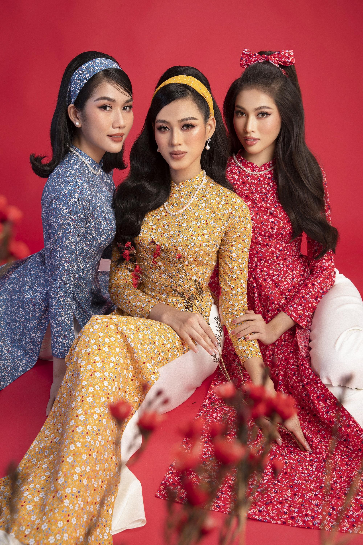 Hoa hậu Đỗ Thị Hà khoe thần thái sắc lạnh đầy khác lạ trong bộ ảnh áo dài cùng 2 Á hậu - Ảnh 1.