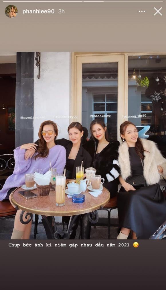 Nhã Phương khoe nhan sắc ngọt ngào, Hà Hồ đăng ảnh gia đình hạnh phúc - Ảnh 7.