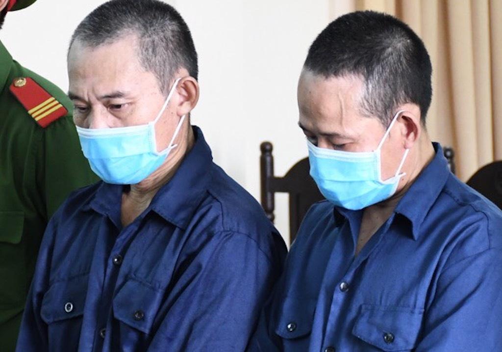 Hai anh em ruột lĩnh án tù vì đánh cảnh sát - Ảnh 1.